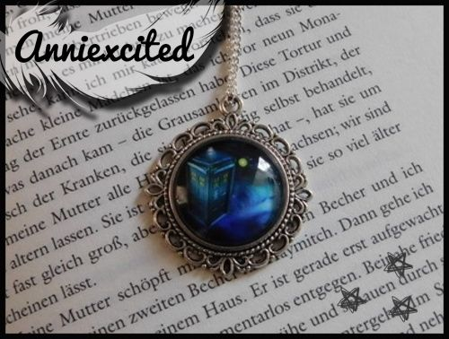 ✇ Kette | Time | Tardis | Cabochon | Doctor | Fanstasy Necklace ✇
